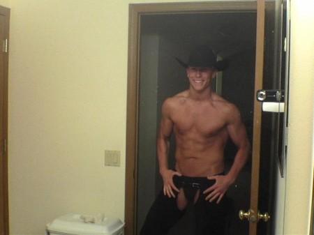 howdy9